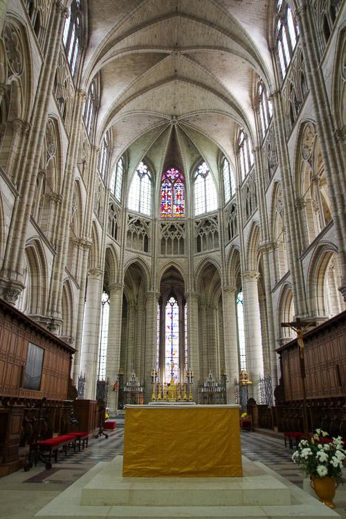 Nef de la cathédrale de Meaux