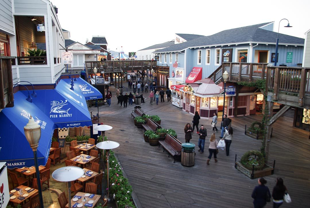 Galeries commercantes et restaurants au pier 39 - San Francisco
