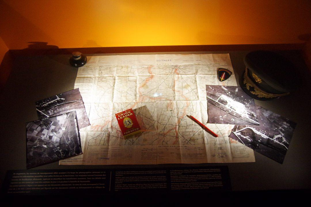 Exposition sur les services secrets dans le Bunker du Mémorial