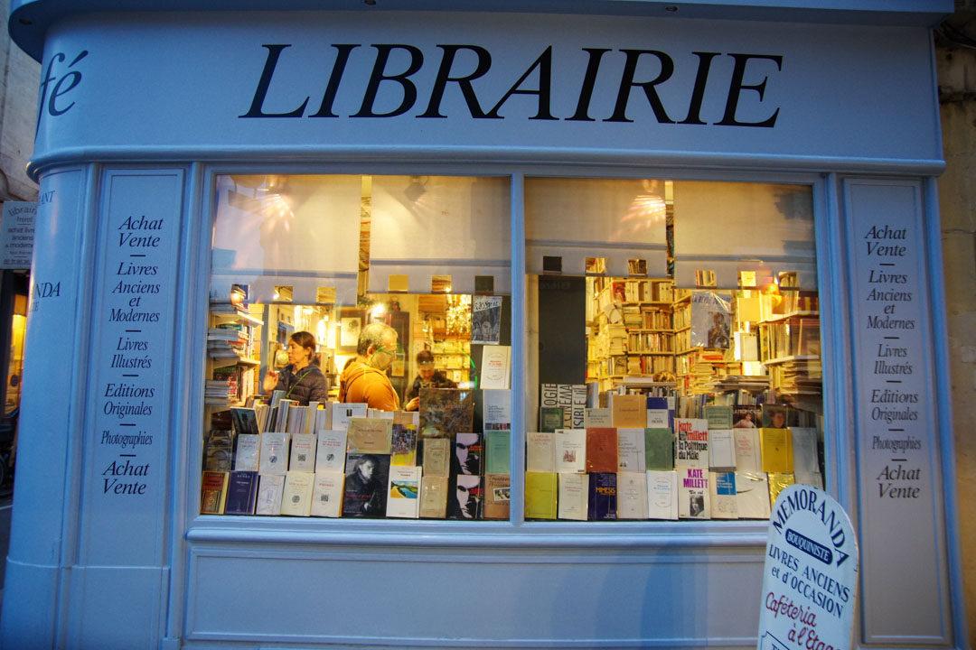 librairie à Caen