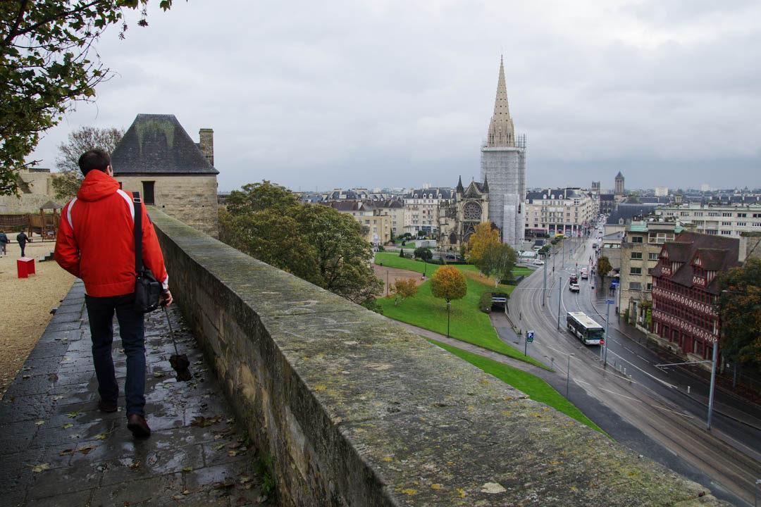 balade sur les remparts du chateau de Caen