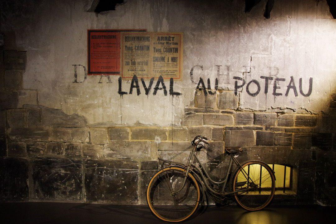 Laval au poteau - memorial de Caen