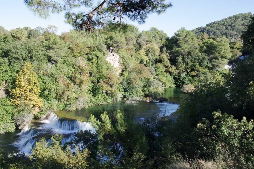 point de vue sur des petites cascades - Parc national de Krka en Croatie