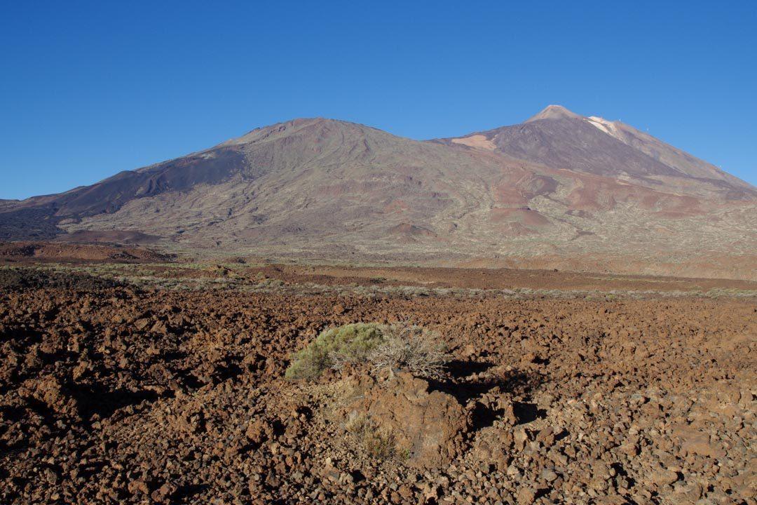 le paysage lunaire du parc national du Teide à Tenerife