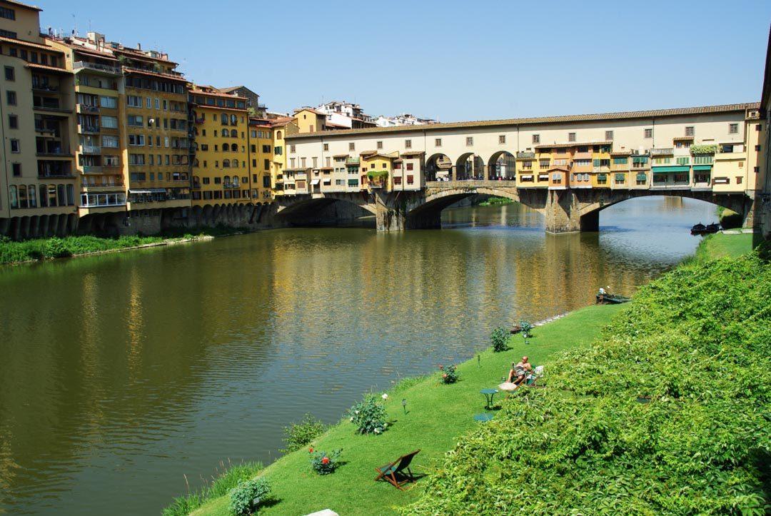 Le Ponte Vecchio au dessus de l'Arno - Florence