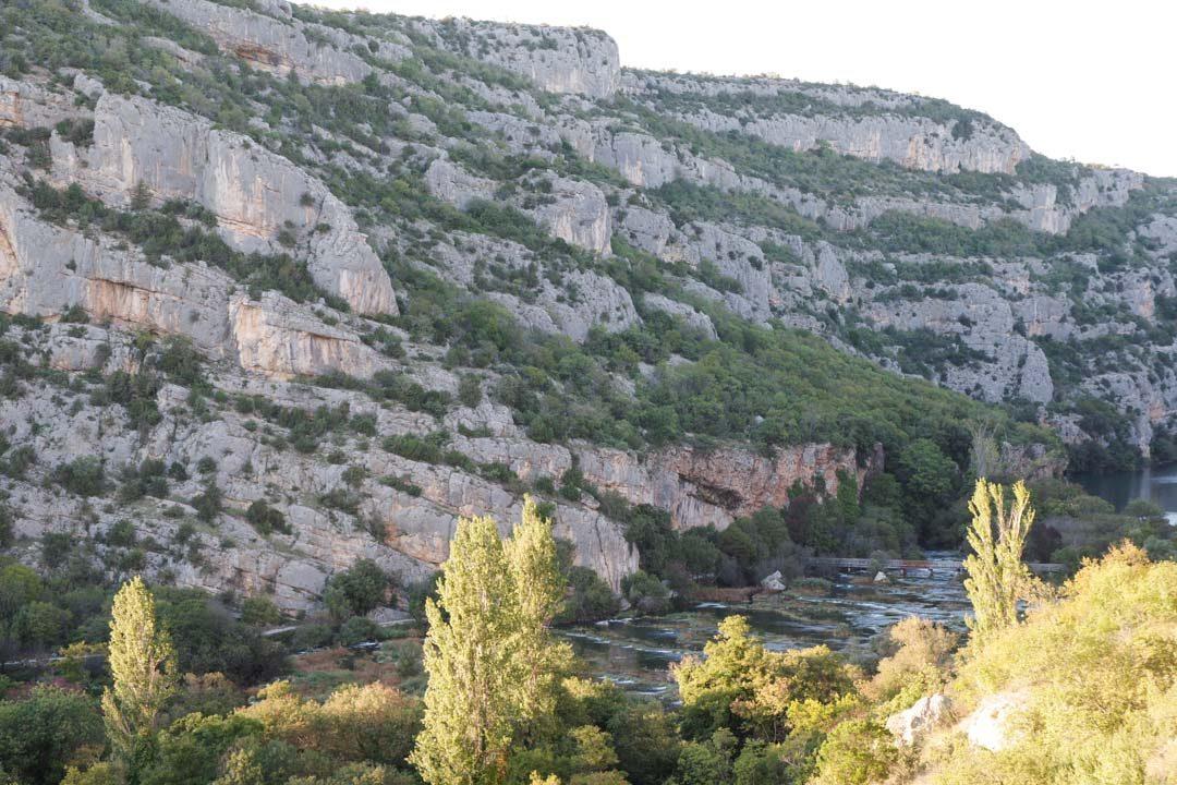 Sentier de randonnée - point de vue sur la cascade Orglice
