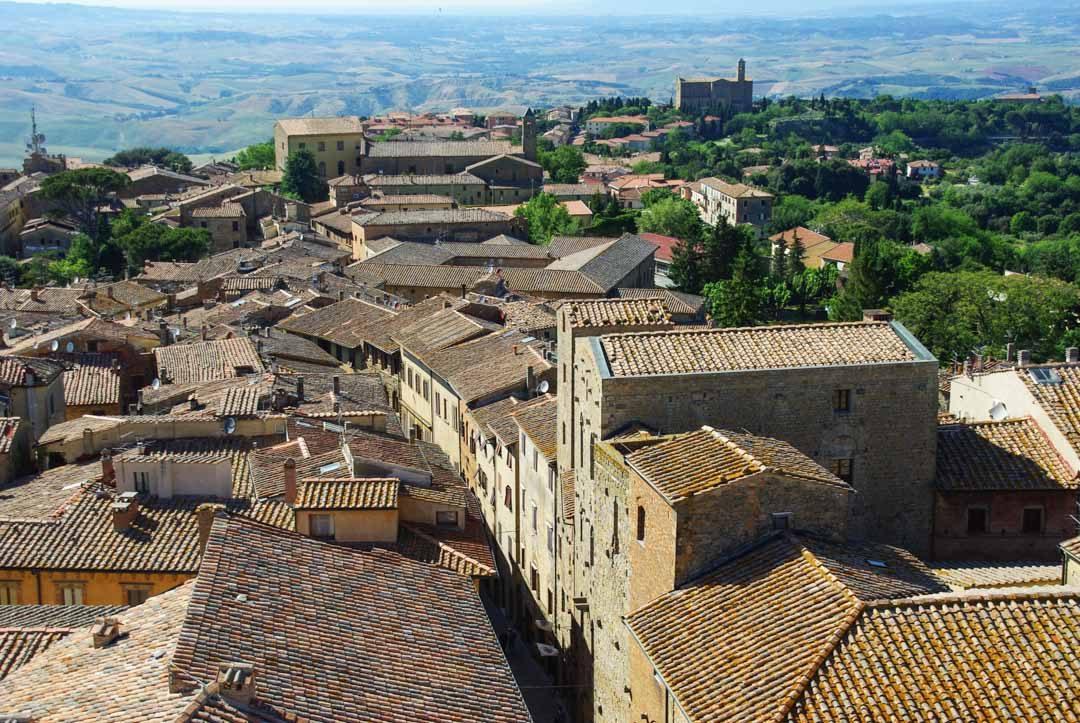 Ville de Volterra en Toscane