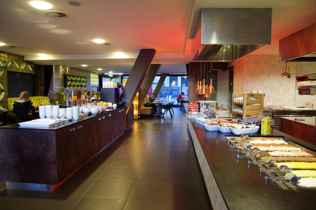 Salle du petit déjeuner d'Inntel Hotels Art Eindhoven