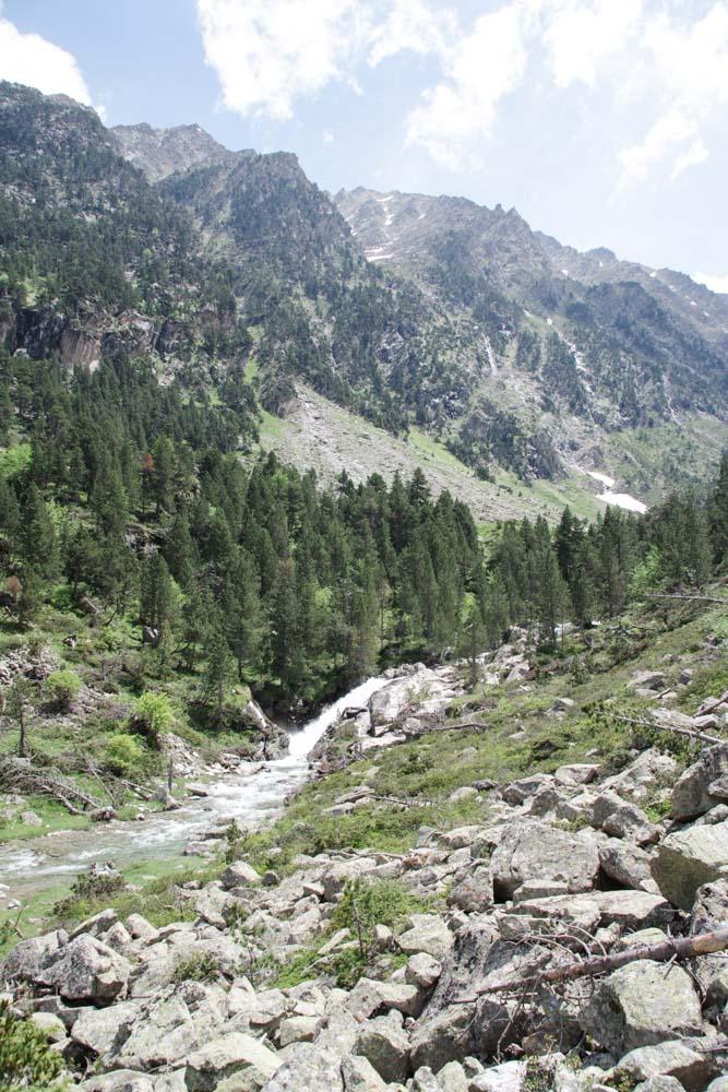Randonnée près du Lac de Gaube dans les Pyrennees