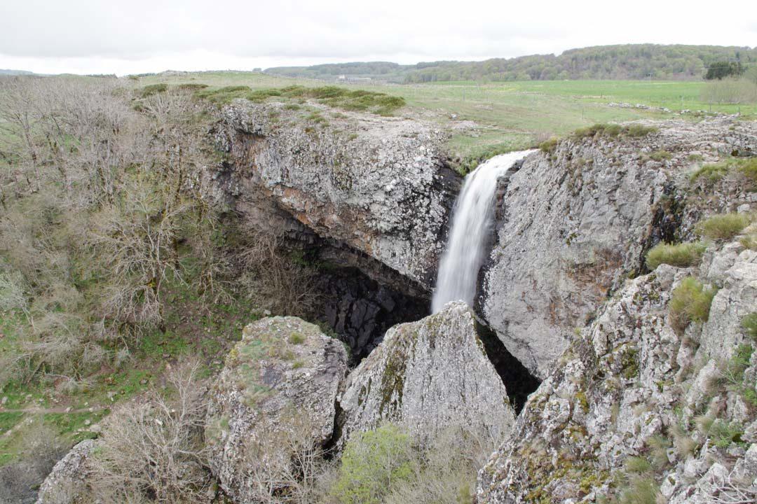 Cascade du Deroc - plateau de l'Aubrac - Lozere