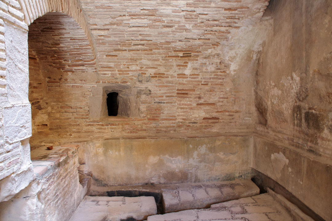 le réseau d'eau chaude de la forteresse de Salses