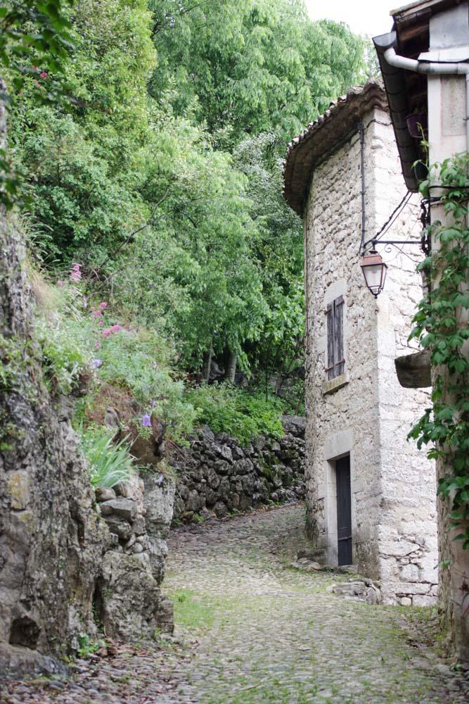 Visite de Labeaume, un village de caractère