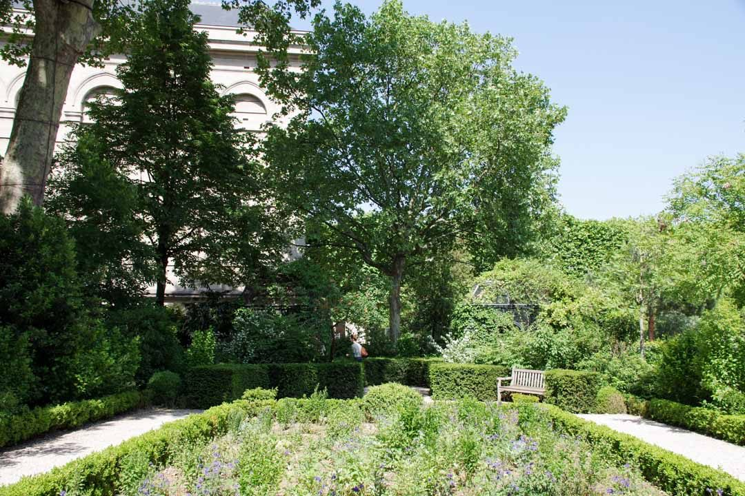 Jardin de l'Hôtel de Soubise dans le Marais