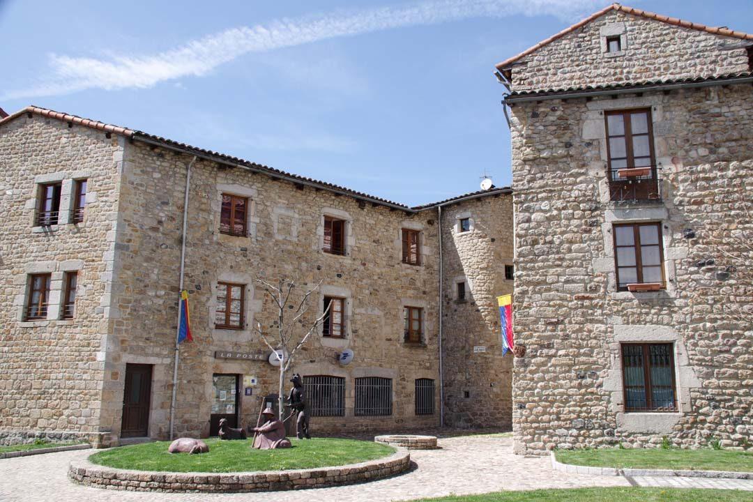 Place de la Poste - Le Malzieu