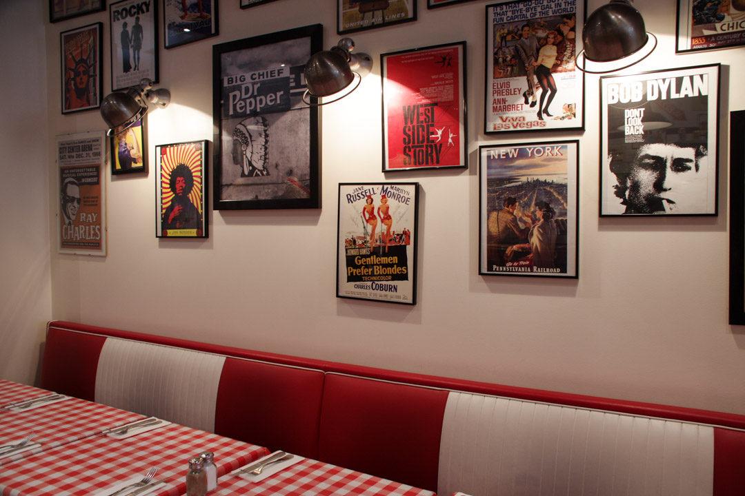 Restaurant Schwartz's Deli