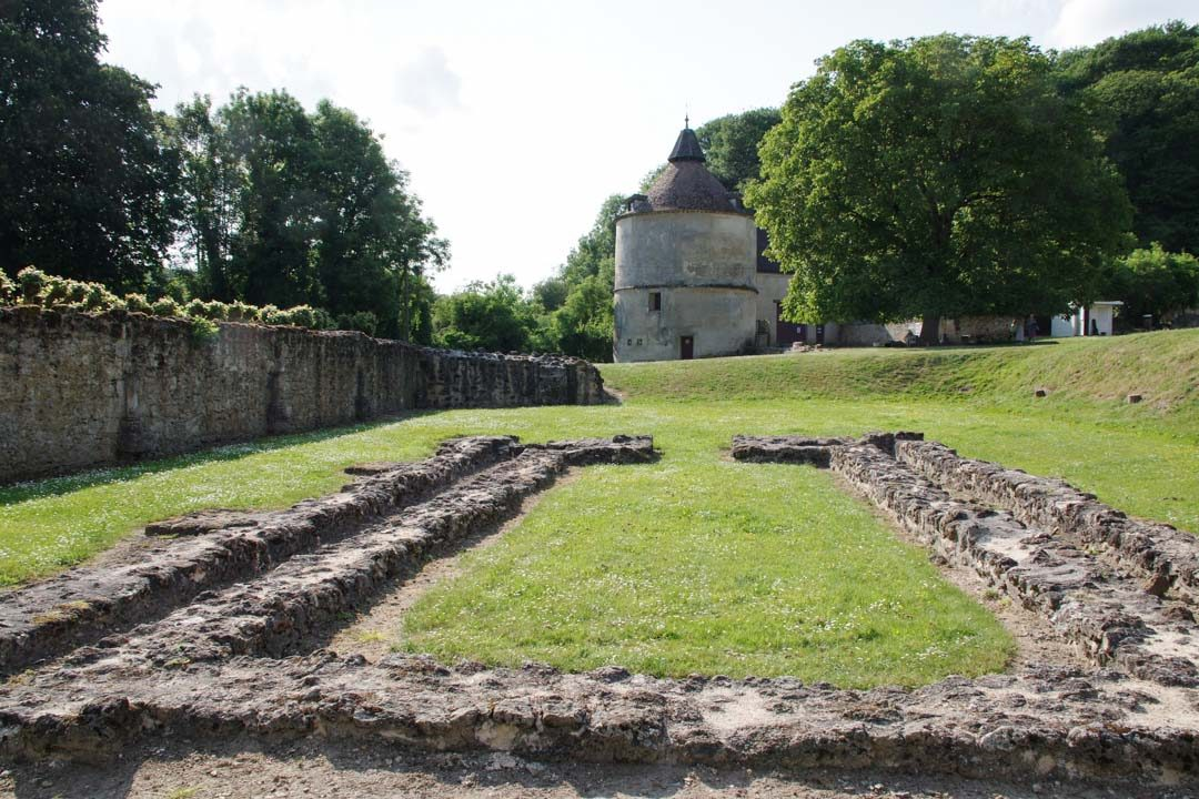 Les Ruines de l'Abbaye de Port Royal des Champs