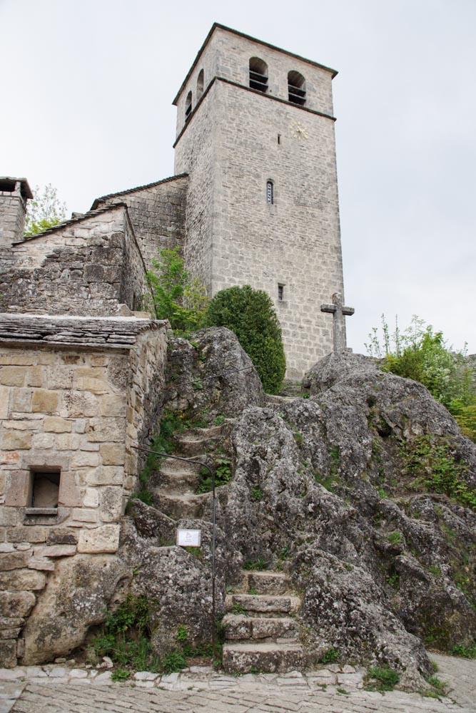 Eglise de la Couvertoirade en Aveyron