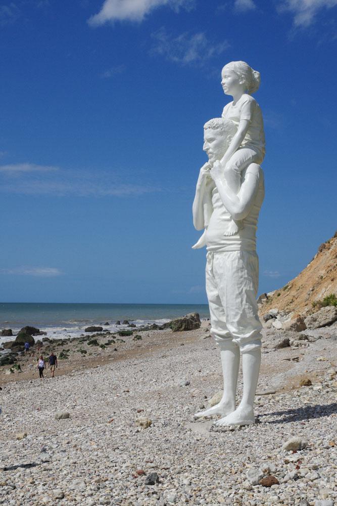 """Sculpture """"Jusqu'au bout du Monde"""" de Fabien Merelle"""