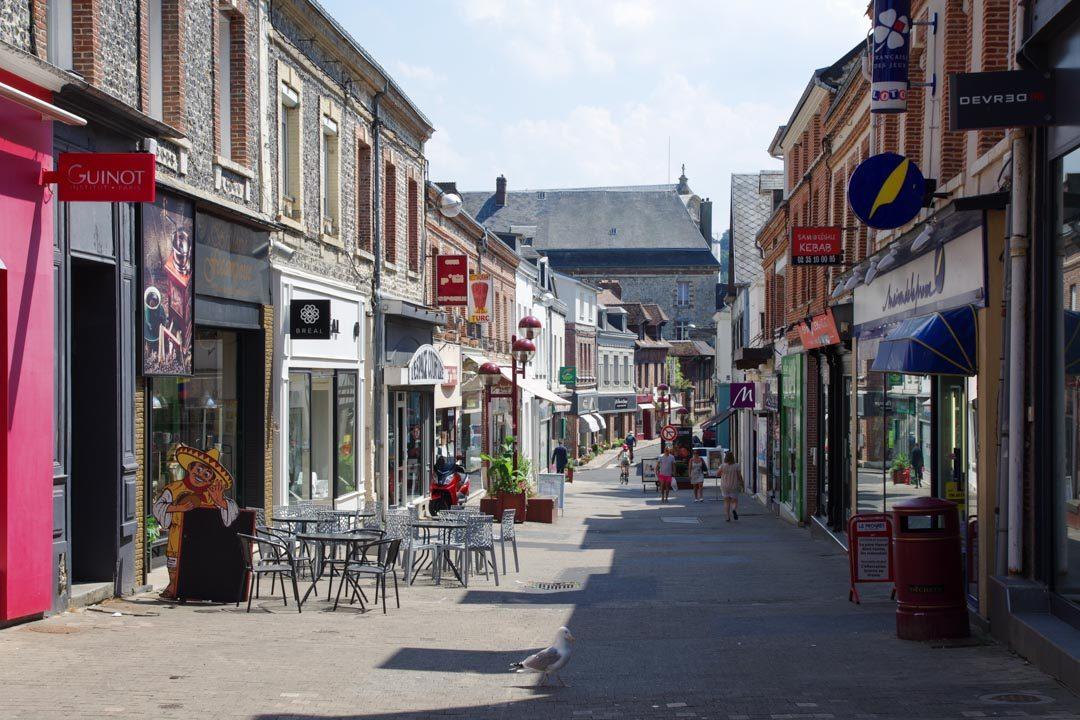 rue commercante de Fécamp