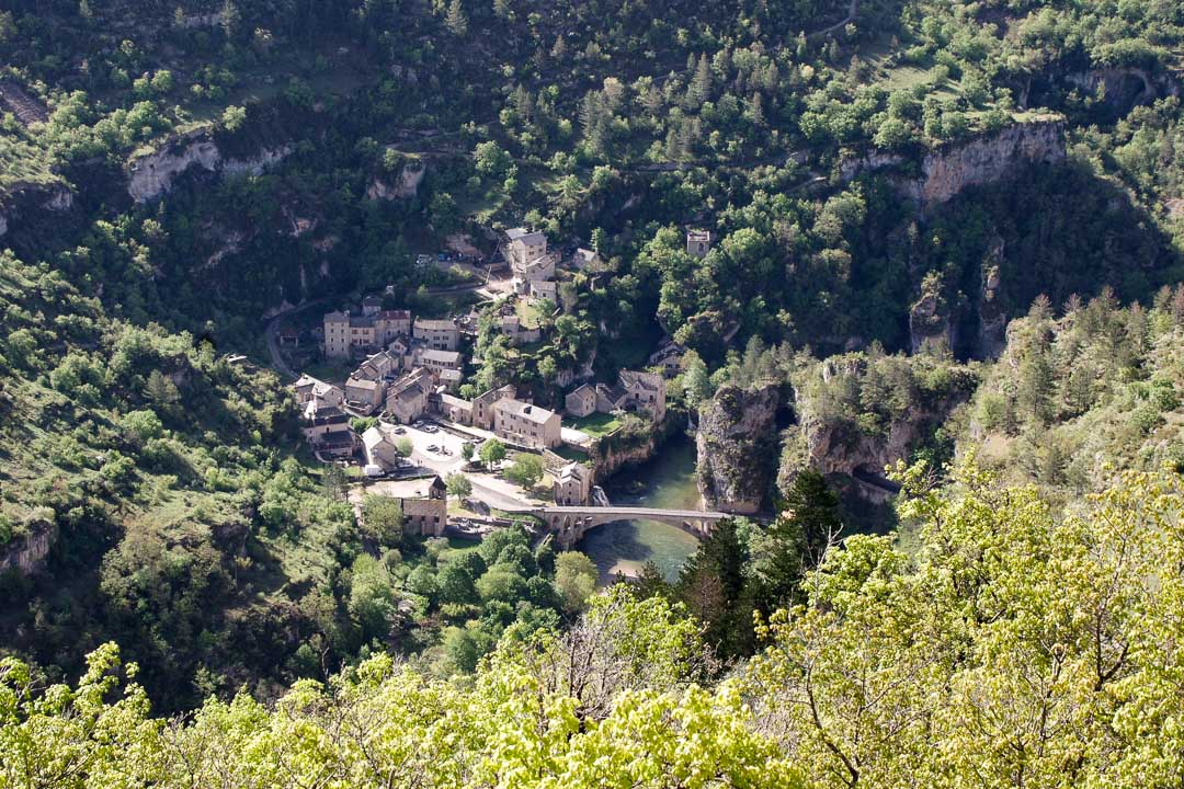 Le village de saint-chely-du-Tarn