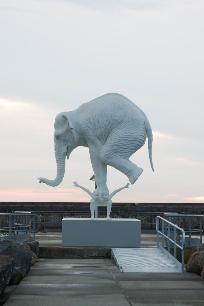 "Sculpture ""A l'origine"" de Fabien Merelle"