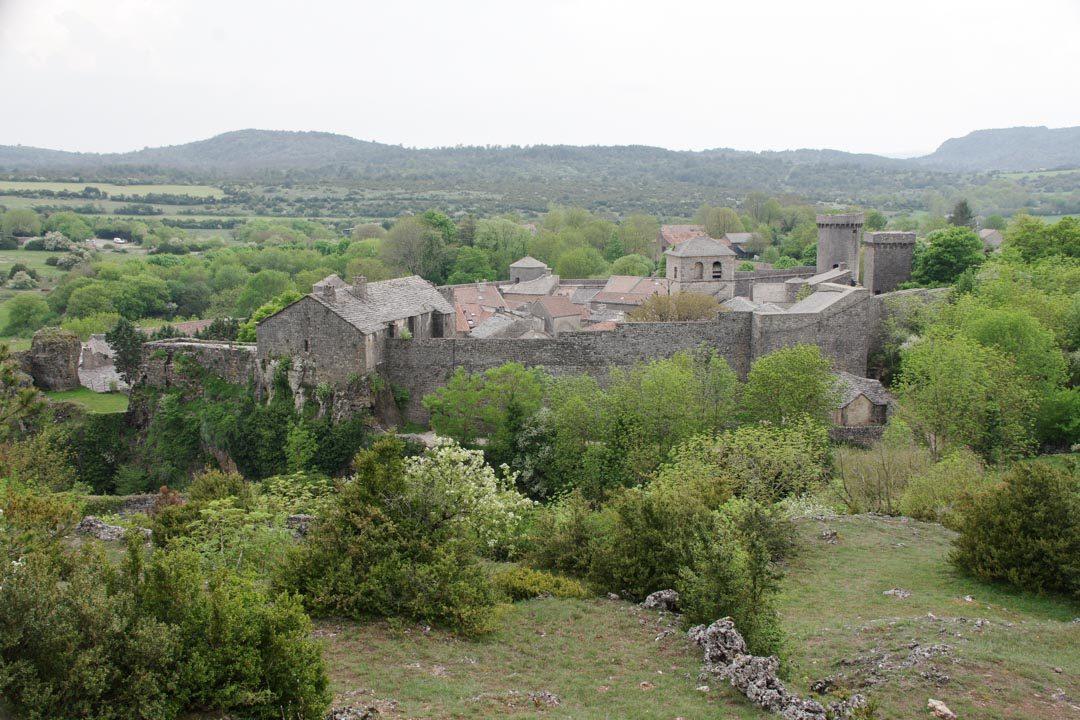 le village fortifié de la Couvertoirade en Aveyron