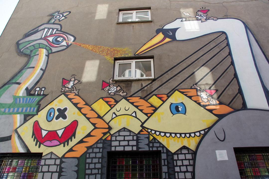 fresque street art représentant les différents monuments de Rotterdam