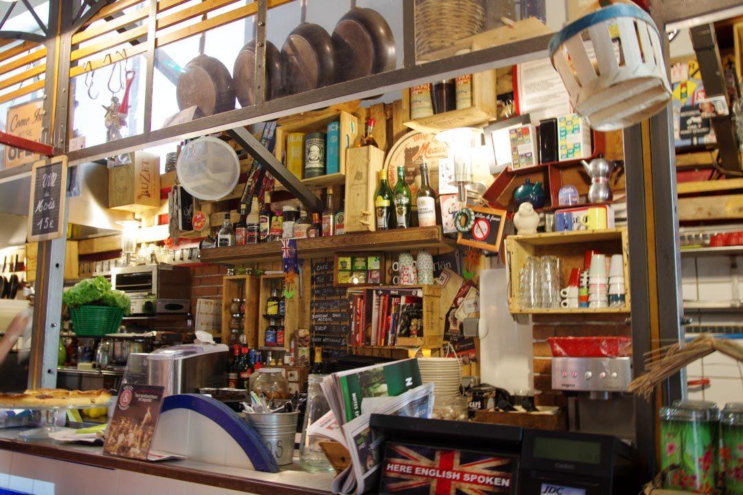 Café dans les Halles de Sètes