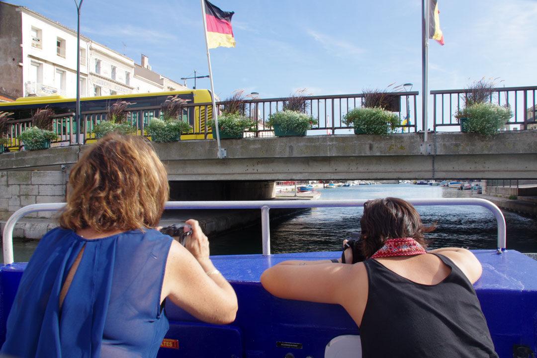 attention la tête pour le passage des ponts