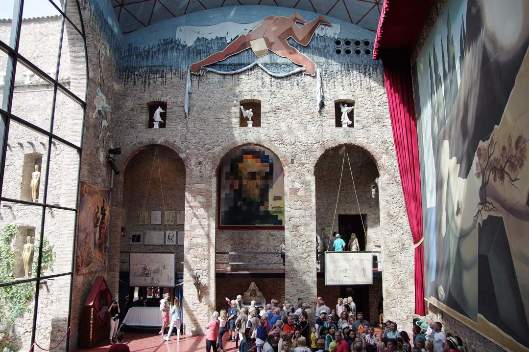 Visite du Théatre Musée de Dali à Figuieres