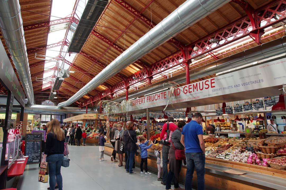 intérieur du marché couvert de Colmar