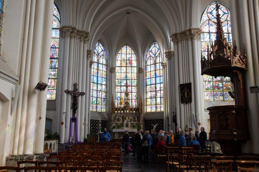 Interieur de l'Eglise de Bouvines