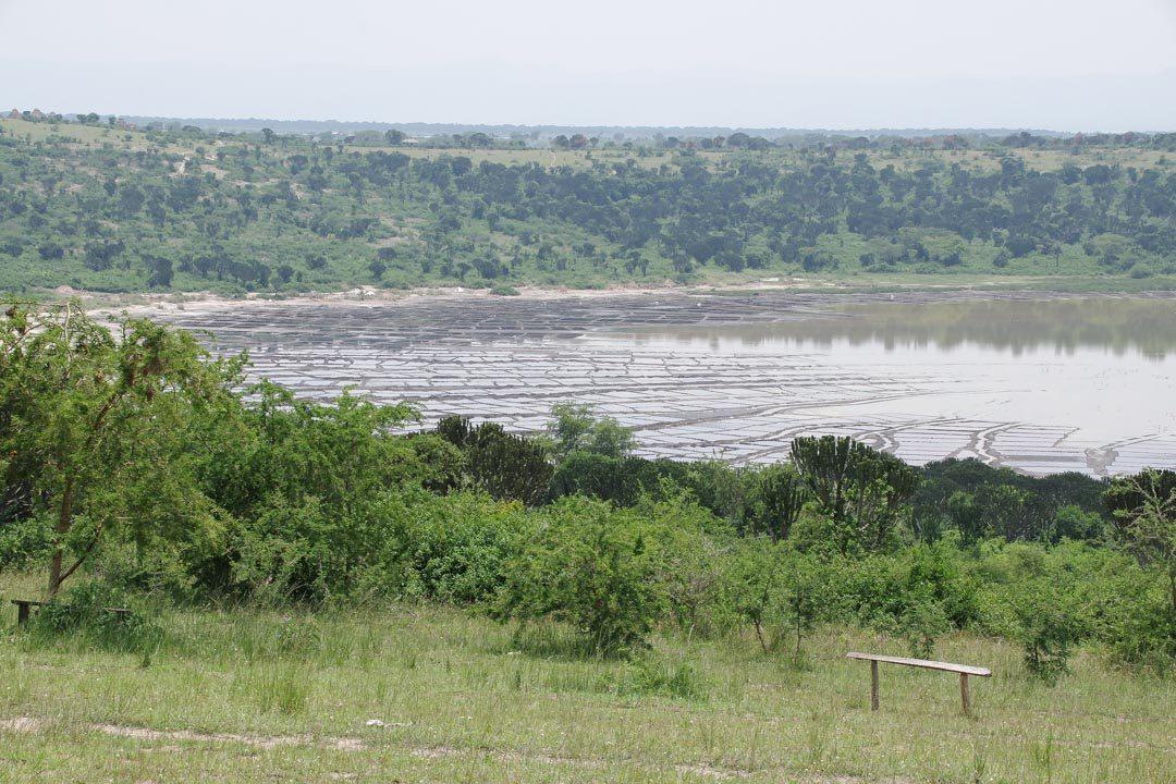 Lac Katwe, un lac de cratere