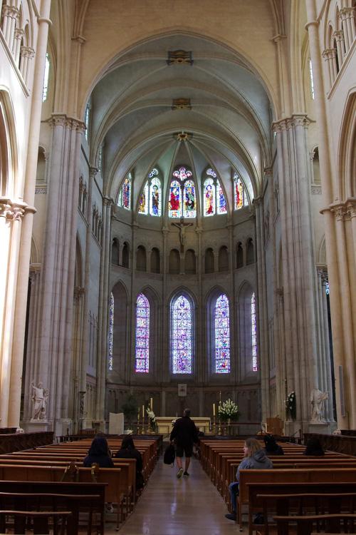 la Nef de la cathédrale de Lyon