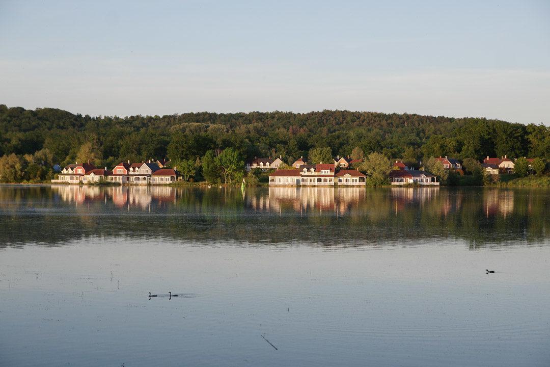 Coucher du soleil au lac de l'Ailette dans l'Aisne