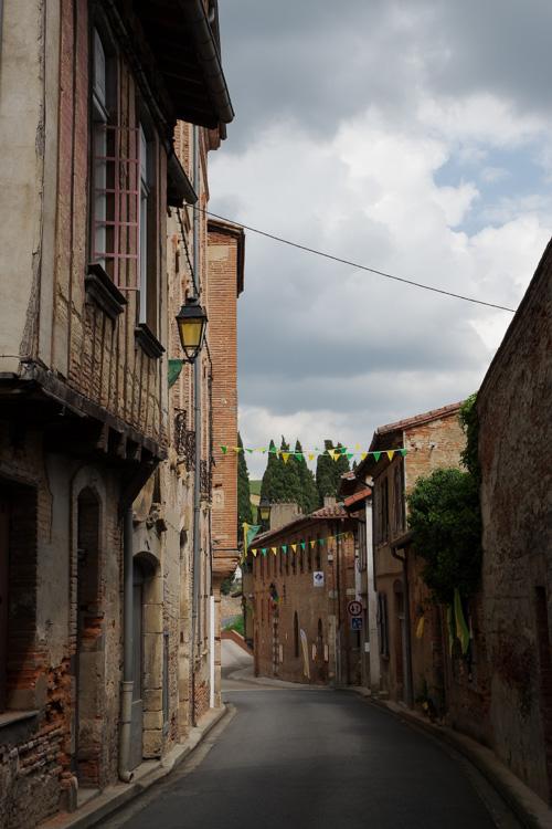 Rue du village médiéval de Rieux Volvestre