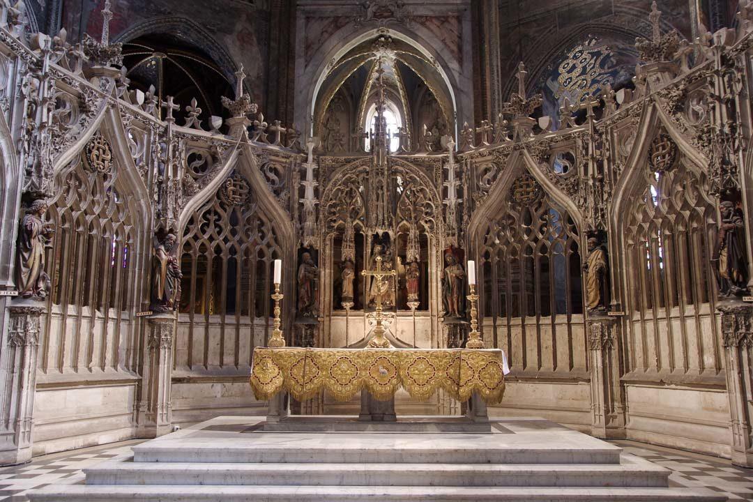 Autel du coeur des chanoines dans la cathédrale d'Albi