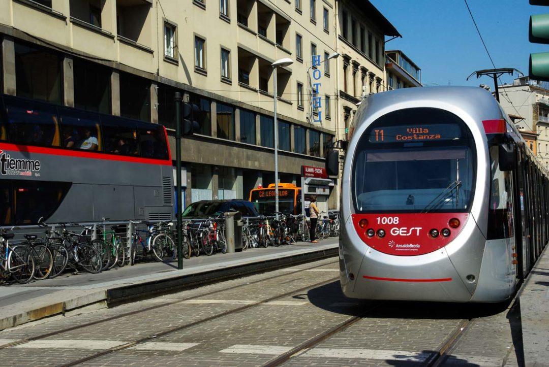 le tramway de Florence, un moyen pratique pour rejoindre le centre-ville