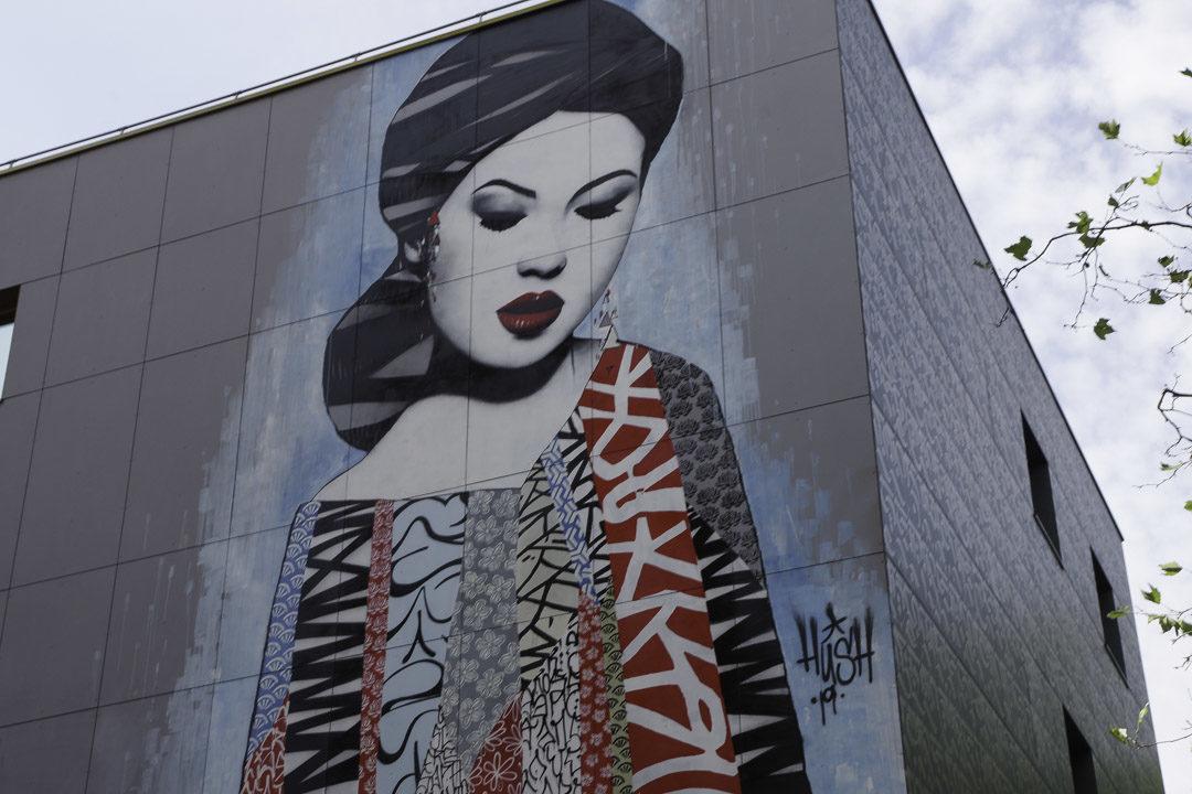 Fresque street art - Hush