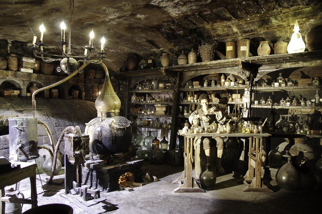 Décor du Parfum - Musée Miniature et Cinéma de Lyon