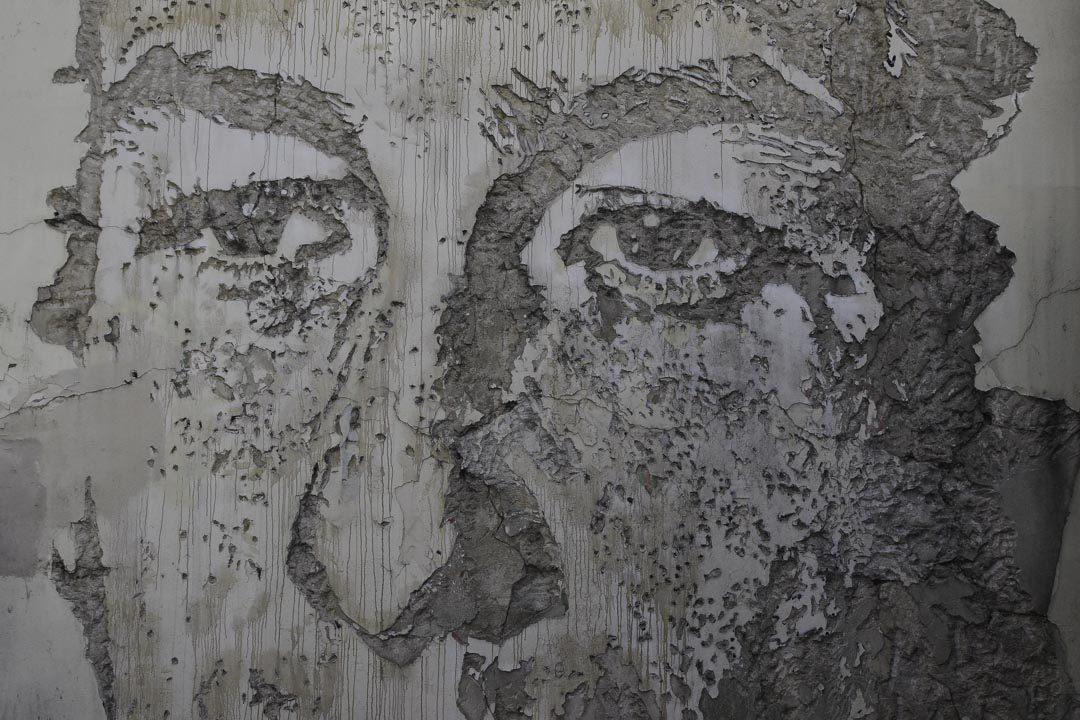 Portrait à l'explosif par Vhils