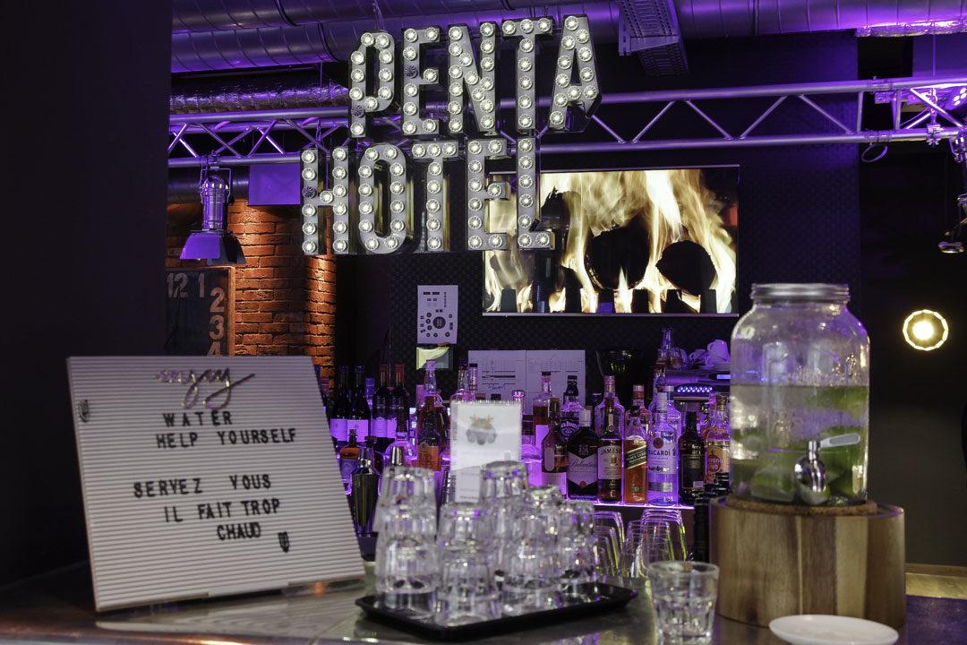 réception - bar - Pentahotel Liège
