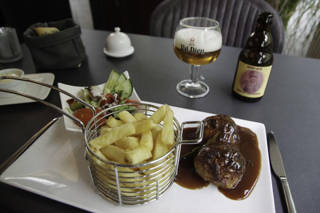 Boulets liégeois au restaurant le Chalet à Blegny-Mine
