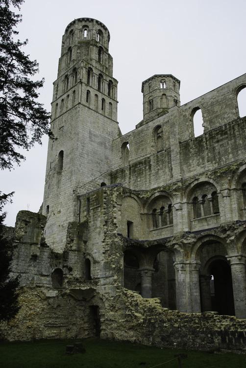 visiter l'Abbaye de Jumieges