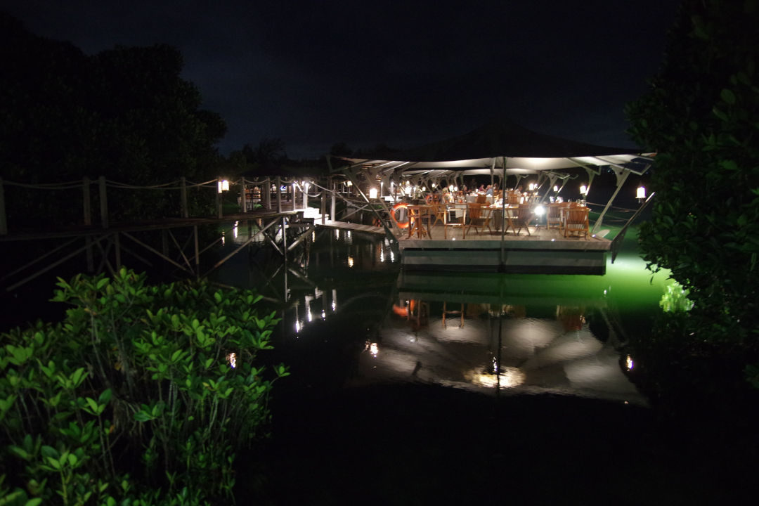 Restaurant flottant le Barachois