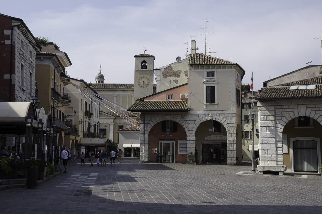 Place principale Desenzano del Garda