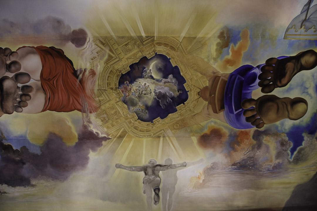 plafond du palais des vents par Dali