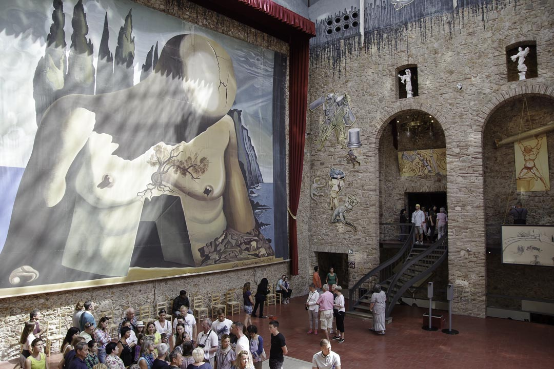 Grande fresque de Dali