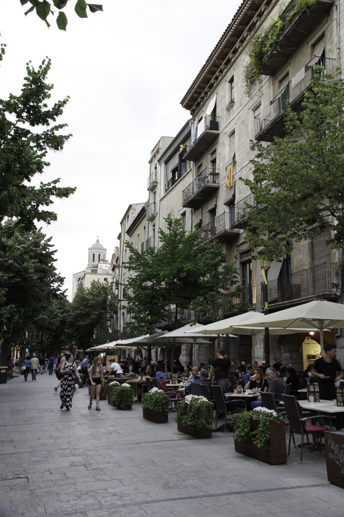 Café dans le centre de Gérone