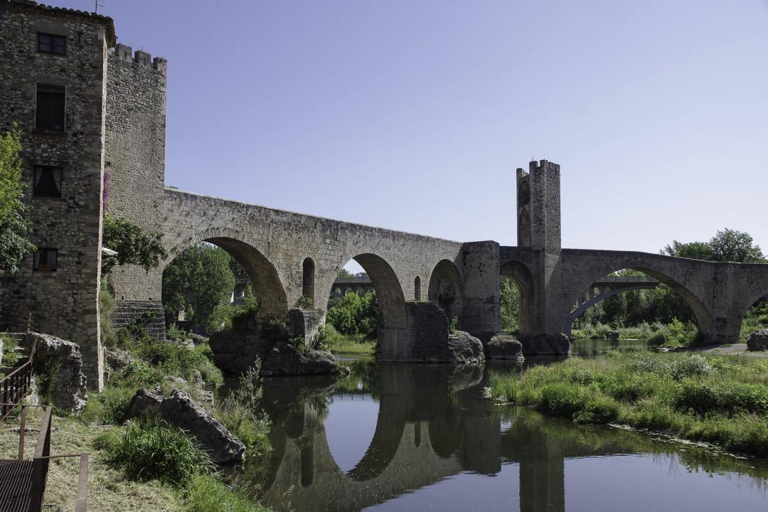 Pont médiéval de Besalu